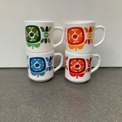 VENDU-Lot de 4 mugs MOBIL